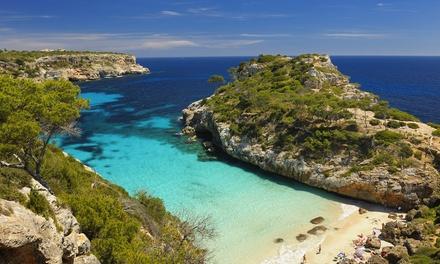 ?Menorca: 4 o 7 noches para 2 con desayuno y vuelo de I/V desde Madrid o Barcelona en Club Hotel Aguamarina