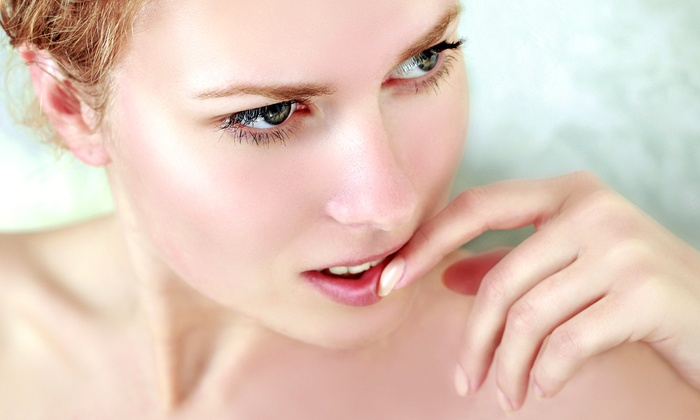 SolutionZ - Largo: One or Two Laser Skin-Resurfacing Treatments at SolutionZ (Up to 83% Off)