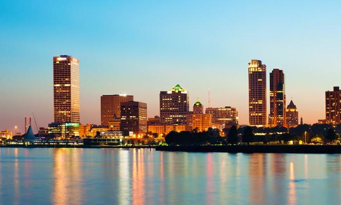 Hilton Milwaukee City Center - Milwaukee: Stay at Hilton Milwaukee City Center, with Dates into May