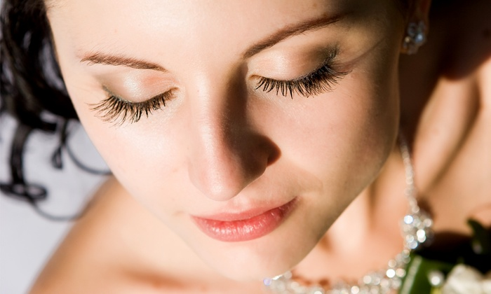La Ti DA Salon - Turlock: $12 for Eyebrow Wax with Upper Lip Wax at La Ti DA Salon ($25 Value)