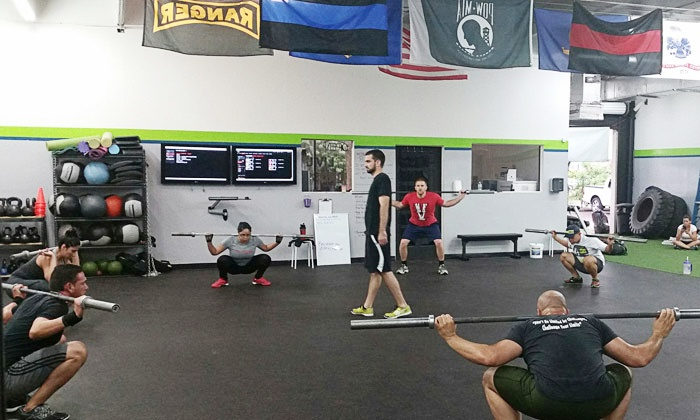 LIV UP Crossfit - Plantation: 8 or 16 CrossFit Courses at LIV UP Crossfit (Up to 74% Off)