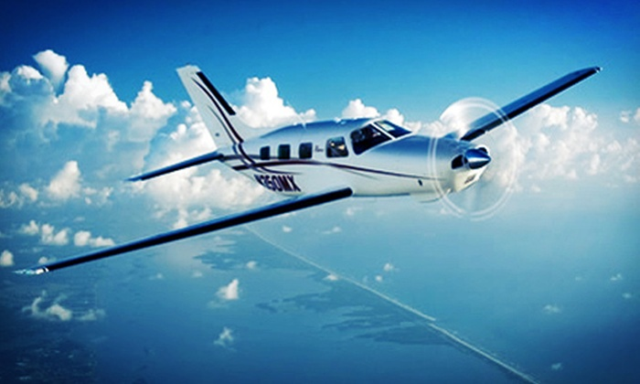 Connecticut Flight Academy - South Meadows: $120 for Introductory Flight Lesson at Connecticut Flight Academy ($275 Value)
