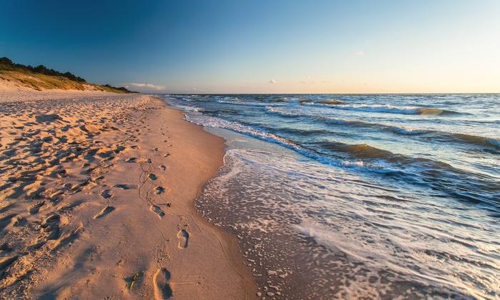 Wybrzeże: 1-7 nocy w ośrodku nad morzem i jeziorem