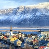 ✈ Iceland: Up to 4 Nights with Flights