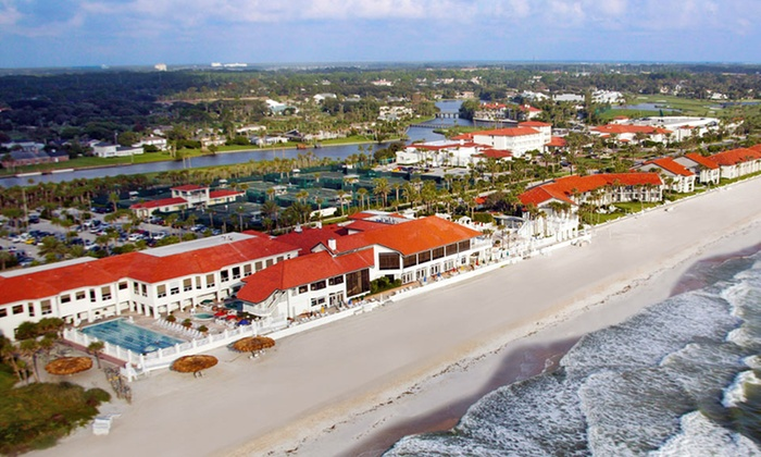 null - Jacksonville: Stay with Daily Breakfast at Ponte Vedra Inn and Club in Ponte Vedra Beach, FL
