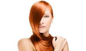 Vhm Parrucchieri: 3 o 6 sedute di hair styling con maschera e piega più uno o 2 tagli (sconto fino a 73%)