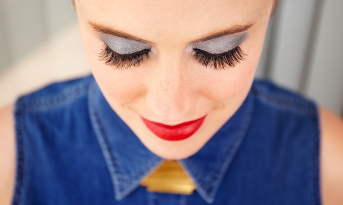 Eco-Beauty Salon - Orlando: $125 for a Full Set Faux Mink Eyelash Extensions by Ping at Eco-Beauty Salon ($280 Value)