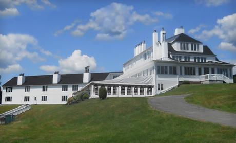 19th-Century Inn Overlooking Maine Countryside