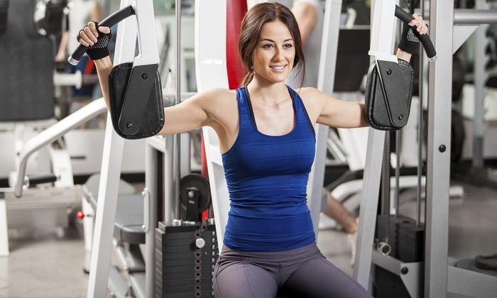 Fino a 12 mesi di abbonamento open palestra e corsi fitness da New Imperial Center a Colli Albani (sconto fino a 76%)