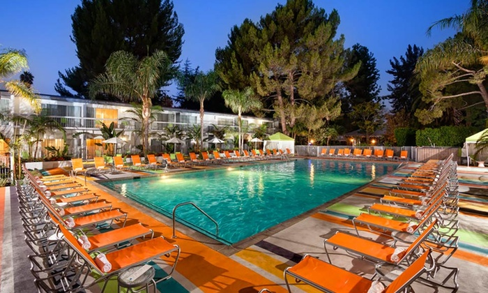 Sportsmen's Lodge - Studio City, CA: Stay at Sportsmen's Lodge in Los Angeles; Dates into August