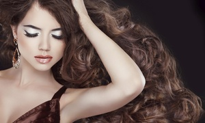 True Beauty Salon And Photostudio: 90-Minute Studio Photo Shoot with Hair and Makeup from True Beauty  (90% Off)