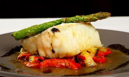 Fora de Moda — Alfama: jantar tradicional português com fado para duas ou quatro pessoas desde 34,90€