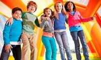 3 o 5 ingressi al parco giochi con merenda per uno o 2 bambini da Junior Village (sconto fino a 65%)