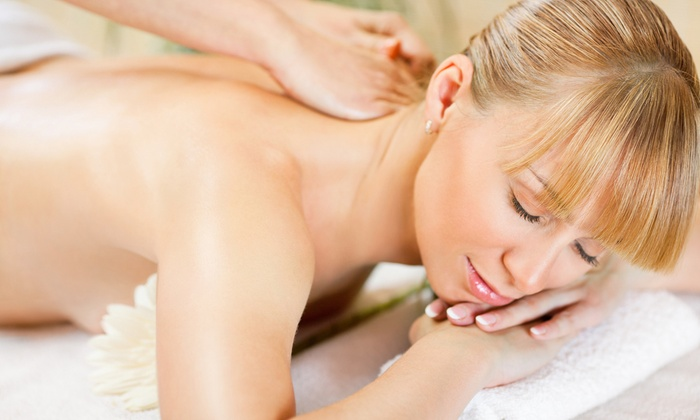 Brentwood Medical Group & Laser Center - West Los Angeles: One or Three 60-Minute Swedish or Deep-Tissue Massages at Brentwood Medical Group & Laser Center (Up to 67% Off)