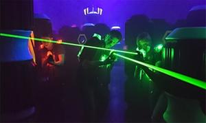 Laser Tag Berlin: 30 oder 60 Min. Lasergame inkl. Warm- oder Kaltgetränk für 2, 4 oder 6 Pers. bei Laser Tag Berlin (bis zu 34% sparen*)