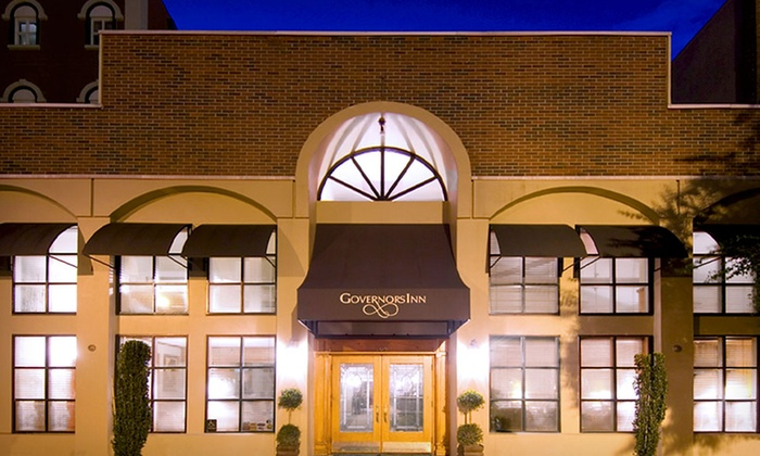 Governors Inn - Tallahassee, FL: One- or Two-Night Stay with Optional Valet Parking at Governors Inn in Tallahassee, FL