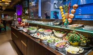 Brasil Brasileiro: Rodizio-All-you-can-eat mit 10 Gängen, Buffet und Dessert im Brasil Brasileiro am Ku'damm (16% sparen*)