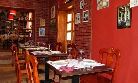 Menú para 2 o 4 con raciones y bebida en La Casona