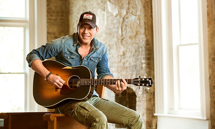 Extreme Bulls & Broncs With Rodney Atkins In Concert - Cincinnati Gardens: Extreme Bulls & Broncs with Rodney Atkins in Concert on Saturday, February 6, 7:30 p.m.
