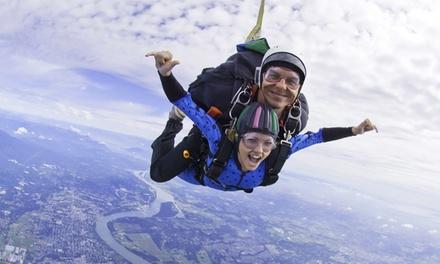 Bon de 90 € à valoir sur un saut en parachute pour 1, 2 ou 4 personnes dès 19,99 € avec Skydive Cerfontaine
