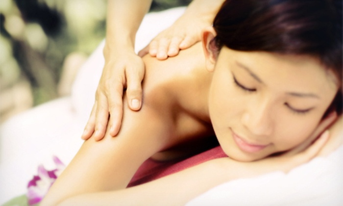 Massage Works - Saint Louis: $35 for One-Hour Massage with a Hot-Stone, Aromatherapy, or Paraffin Treatment at Massage Works ($85 Value)