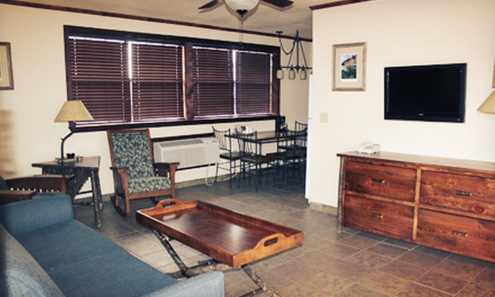 Sequoyah Lodge (Western Hills Guest Ranch) - Hulbert: One-Night Stay in a Lodge Room or Cottage at Sequoyah Lodge (Up to 51% Off)