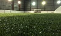 1h de foot en salle à 4 contre 4 ou 5 contre 5 dès 29,90 € chez BadSoccer