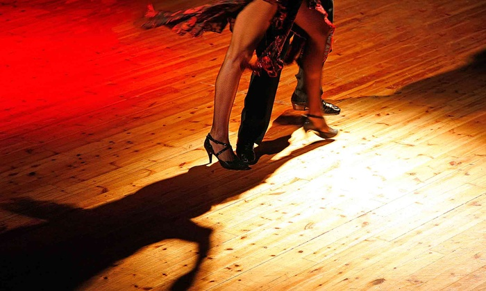 Art In Motion Dance Academy - Art In Motion Dance Academy: Four or Eight Beginner Salsa Classes at Art In Motion Dance Academy (Up to 54% Off)