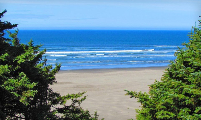 Ocean Crest Resort - Moclips: Two- or Three-Night Stay with Sparkling Wine and Chocolates at Ocean Crest Resort on Washington's Olympic Coast