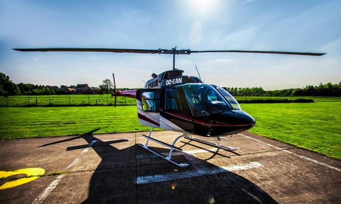 V2 aviation VZW - Wevelgem: Vol VIP en hélicoptère pour 1 à 4 personnes, cava et collations incluses avec V2 Aviation