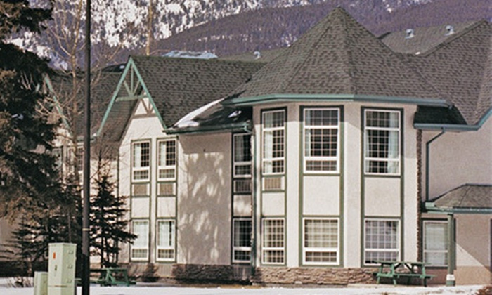 Mountain View Inn - Canmore: $89 for a Two-Night Stay for Two Adults and Two Kids at Mountain View Inn (Up to $179 Value)