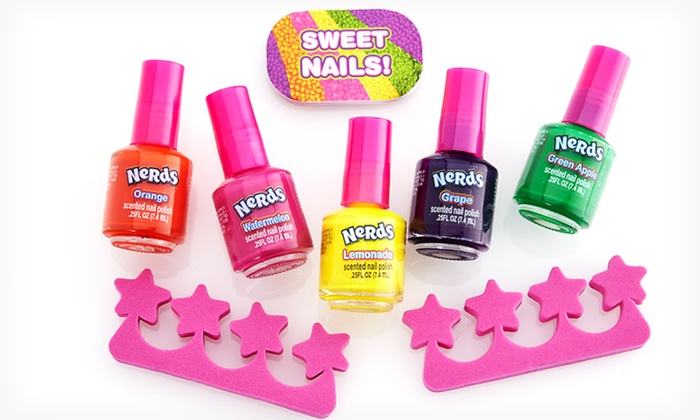 $4.99 for a Lotta Luv Candy-Scented Nail Polish Set | Groupon