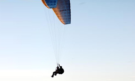 Vuelo en parapente biplaza y vídeo en HD de la experiencia para 1 o 2 personas desde 49,95€ en Parapente Rotor