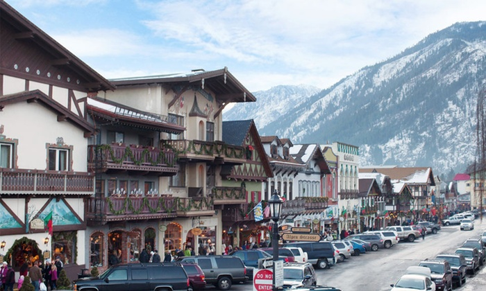 Obertal Inn - Leavenworth, WA: 1- or 2-Night Stay with Netflix and Optional Mimosas and Breakfast at Obertal Inn in Leavenworth, WA