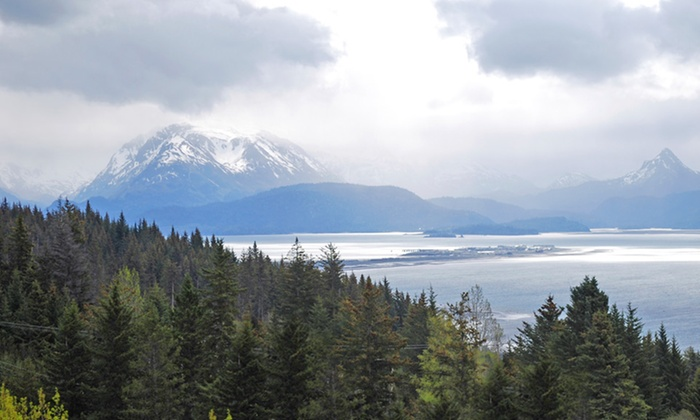 Homer Inn & Spa - Homer: 1- or 2-Night Stay at Homer Inn & Spa in Homer, AK