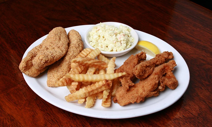 Sweetiepie's Chicken & Fish Fry - Oakhill Jackson: $14 for a Chicken or Fish Meal with Sides at Sweetiepie's Chicken & Fish Fry (Up to $25.59 Value)