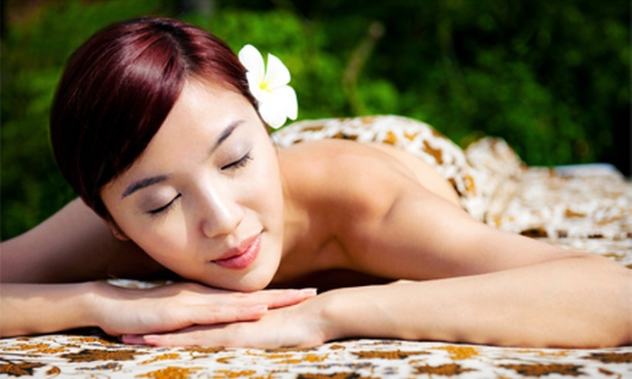 Huna Mua Wellness Center - Bethlehem: $45 for a One-Hour Swedish or Hawaiian Massage at Huna Mua Wellness Center ($115 Value)