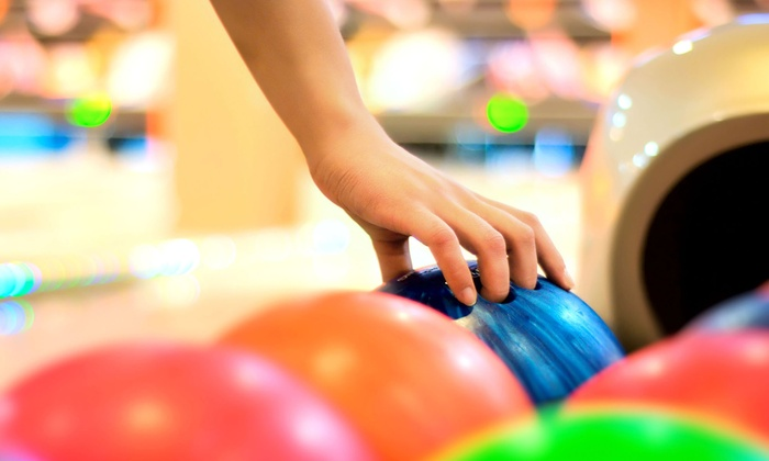 Del-Mar Lanes - Del Mar Lanes: $16 for One Hour of Weekend Bowling for Four with Shoe Rental at Del-Mar Lanes (Up to $31.68 Value)