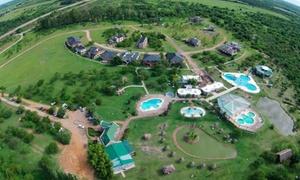 Termas del Guaychu: Pase parque acuático termal + instalaciones para 1,2, 4, 6, 8 o 10 personas en Termas del Guaychu