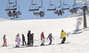 Extrenieve: Curso de esquí de dos o cuatro horas para 1, 2 o 4 personas desde 29,95 € en Extrenieve