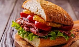 Titanic Pub: Menu con panino a scelta, dolce con birra per 2 o 4 persone al Titanic Pub (sconto fino a 62%)