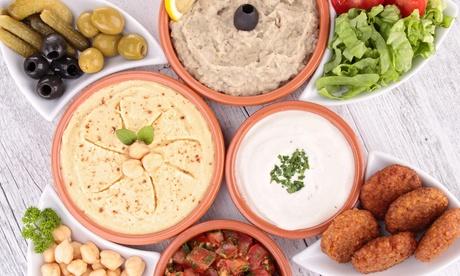 Degustación de cocina árabe para dos personas con bebida por 15,95 € en el restaurante Marrakech, junto al Parterre