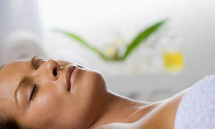 Evergreen Laser - Evergreen Park: One or Three HydraFacials at Evergreen Laser (Up to 56% Off)