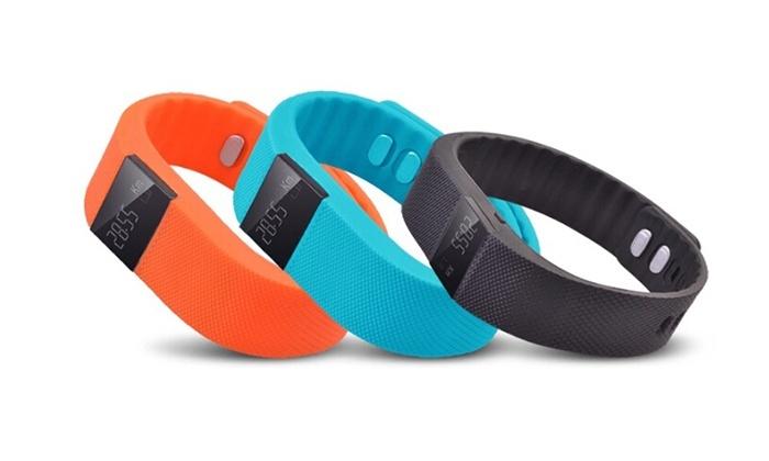 Groupon Goods Global GmbH Bracelet sport connecté, 3 coloris au choix à  19,