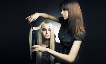 image pour  Shampoing, coupe, brushing et soin, option couleur, mèches ou balayage dès 19,99 € au salon Bar A Brushing