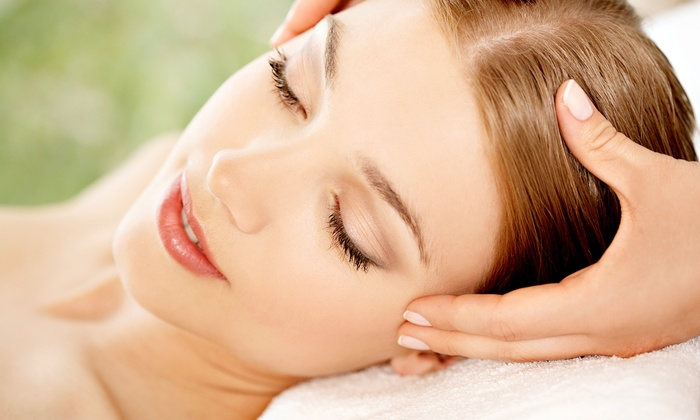 Zen Lounge - Walnut Hills: One or Two Relaxation Massages, One Hot Stone Massage, or One of Each at Zen Lounge (50% Off)