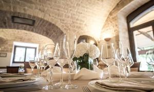 """Dimora Mazzarò: Menu gourmet """"Puglia in Love"""" di 4 portate con vino per 2 o 4 persone da Dimora Mazzarò (sconto fino a 65%)"""