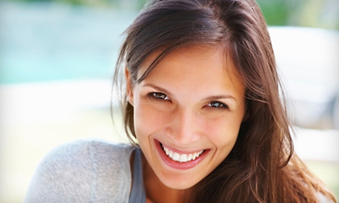 Belleza Salon & Spa - Centennial: $99 for a 60-Minute In-Office Da Vinci Teeth-Whitening Treatment at Belleza Salon & Spa ($317 Value)
