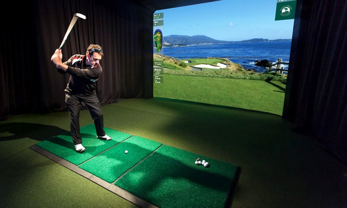 Sydney R. Marovitz Golf Course - Lakeview: One or Two Hours in the Indoor Golf Simulator for Up to Four at Sydney R. Marovitz Golf Course (Up to 51% Off)