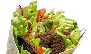 Ali Baba: Zestawy dla dwojga: falafel, hummus i pita (15,49 zł) lub kebab z dodatkami (19,99 zł) w restauracji Ali Baba (do-45%)